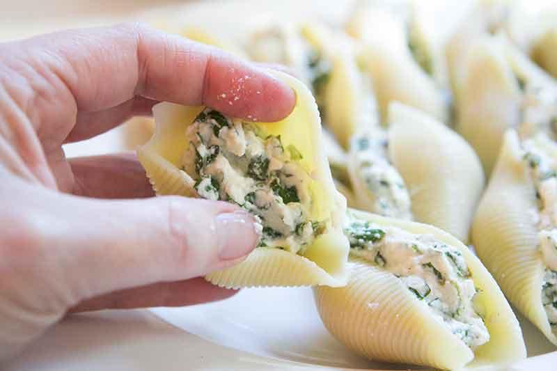 mint-ricotta-stuffed-shells-method-2