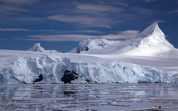 antartica-glacier-shelf