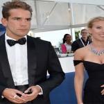 Scarlett Johansson and Romain Dauriac are no longer a couple
