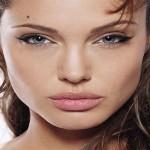 Angelina Jolie is the new image of the Guerlain Parfumeur
